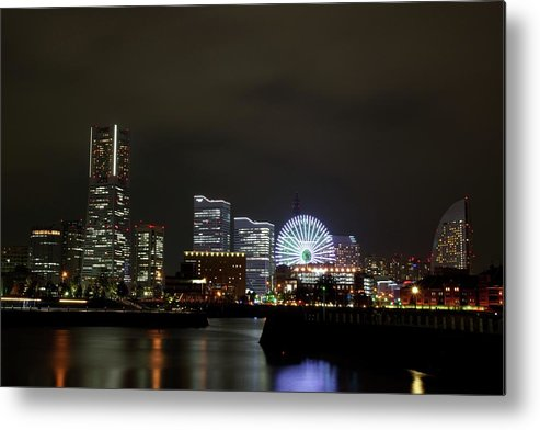 Tranquility Metal Print featuring the photograph Minato-mirai by Takuya.skd