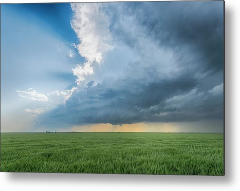 Scenics Metal Print featuring the photograph The Edge by Www.dennisoswald.de