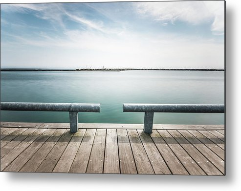 Scenics Metal Print featuring the photograph Torontos Lakeside by Www.piotrhalka.com