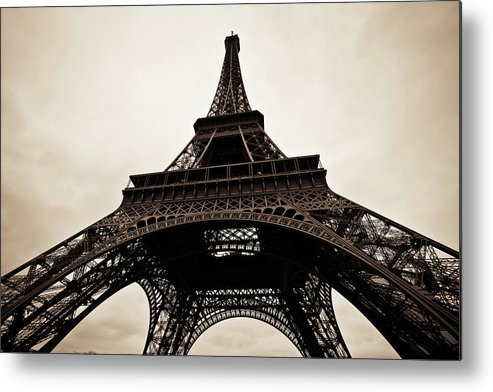 People Metal Print featuring the photograph Tour Eiffel Of Paris In Black And White by Zodebala