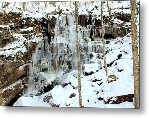Ice Metal Print featuring the photograph Falling Springs by Carolyn Postelwait