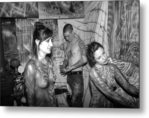 Body Paint Metal Print featuring the photograph Alien transformation by Leigh Odom