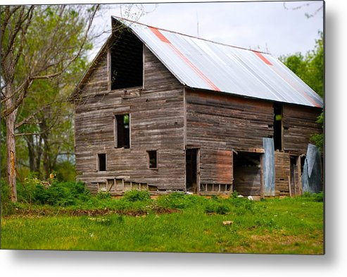 Old Barn Metal Print featuring the photograph Barn in 3D by Toni Berry