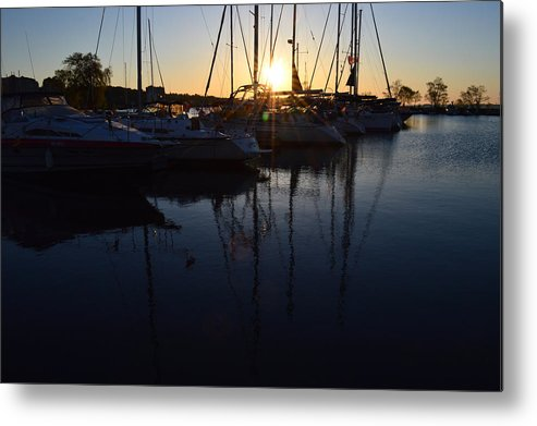 Abstract Metal Print featuring the photograph Sunrise At The Marina by Lyle Crump