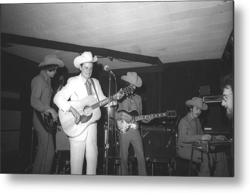 Performance Metal Print featuring the photograph Ernest Tubb At The Palomino by Michael Ochs Archives