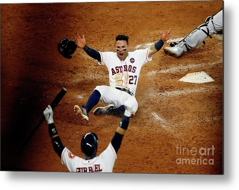 Game Two Metal Print featuring the photograph League Championship Series - New York by Bob Levey