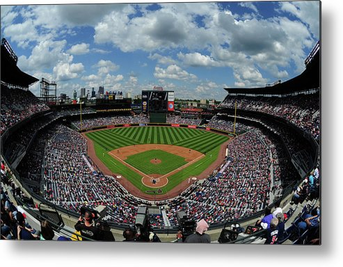 Atlanta Metal Print featuring the photograph New York Mets V Atlanta Braves by Scott Cunningham