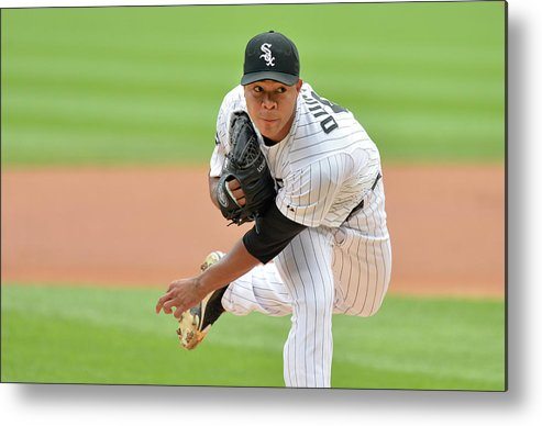 American League Baseball Metal Print featuring the photograph Seattle Mariners V Chicago White Sox by Brian Kersey