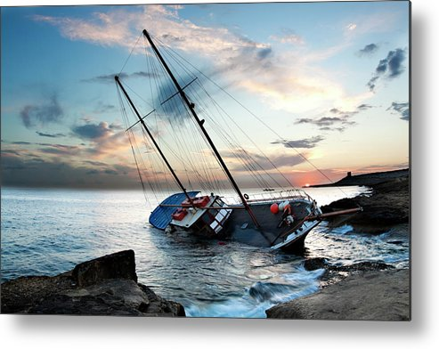 Dawn Metal Print featuring the photograph Shipwreck by Edwardmallia
