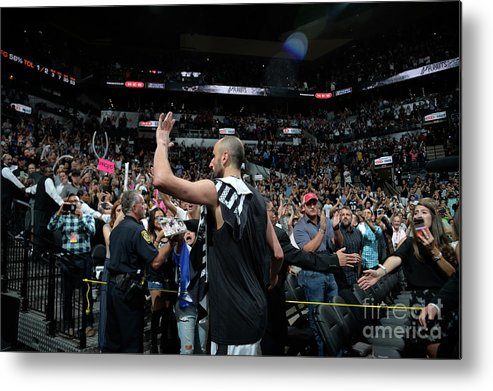 Crowd Metal Print featuring the photograph Golden State Warriors V San Antonio by Mark Sobhani