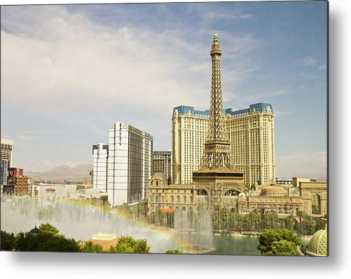 Las Vegas Replica Eiffel Tower Metal Print featuring the photograph Bellagio Fountains by Davin G Photography