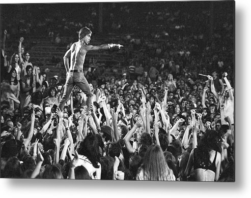 Crowd Metal Print featuring the photograph Iggy Pop Live by Tom Copi