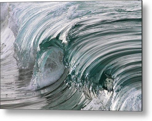 Scenics Metal Print featuring the photograph Jibbon Wave by Ewen Charlton