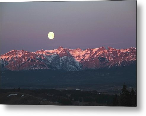 Front Range Metal Print featuring the photograph Moon Set Over Front Range Mountains by Design Pics / Michael Interisano
