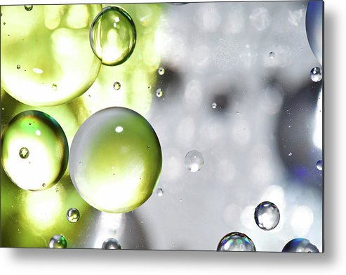 Mixing Metal Print featuring the photograph Oil Spheres by Dovate