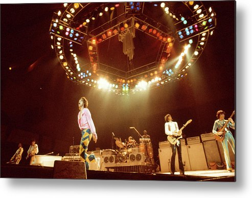 Music Metal Print featuring the photograph Photo Of Rolling Stones And Ron Wood by Andrew Putler