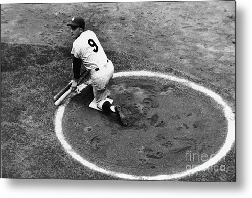 On-deck Circle Metal Print featuring the photograph Roger Maris On Deck by Robert Riger