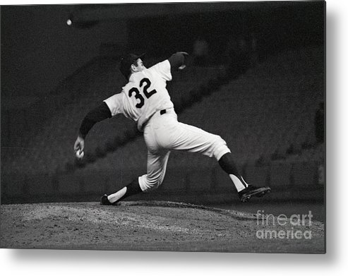 Sandy Koufax Metal Print featuring the photograph Sandy Koufax Pitching A No Hitter by Bettmann