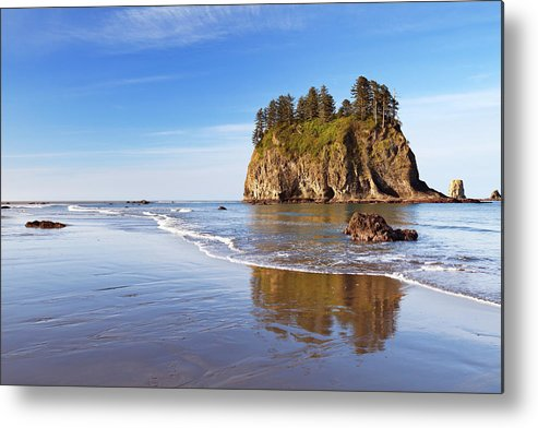 Scenics Metal Print featuring the photograph Second Beach On The Olympic Peninsula by Sara winter