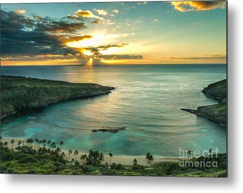 Sunrise Metal Print featuring the photograph Sunrise Over Hanauma Bay On Oahu Hawaii by Leigh Anne Meeks