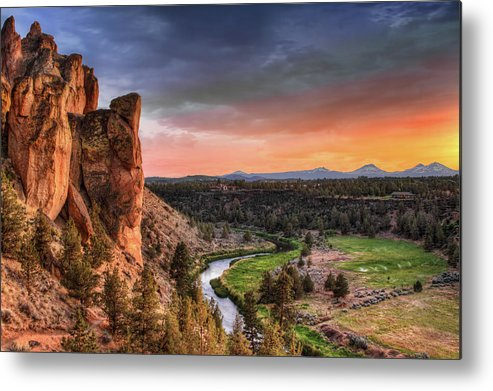 Scenics Metal Print featuring the photograph Sunset At Smith Rock State Park In by David Gn Photography