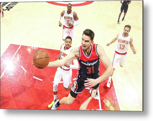 Atlanta Metal Print featuring the photograph Washington Wizards V Atlanta Hawks - by Kevin Liles