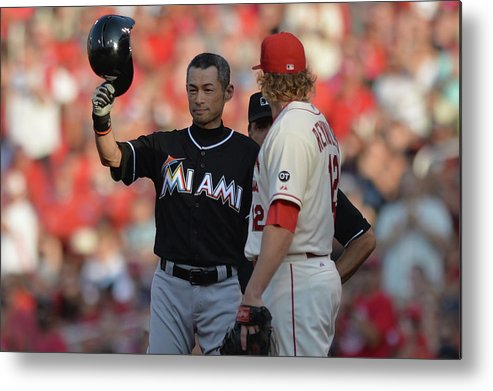 Crowd Metal Print featuring the photograph Ichiro Suzuki by Michael Thomas