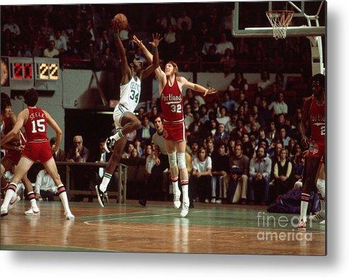 Nba Pro Basketball Metal Print featuring the photograph Bill Walton by Dick Raphael