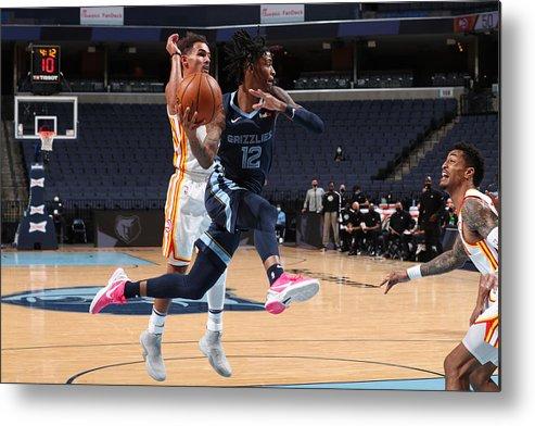 Nba Pro Basketball Metal Print featuring the photograph Atlanta Hawks v Memphis Grizzlies by Joe Murphy