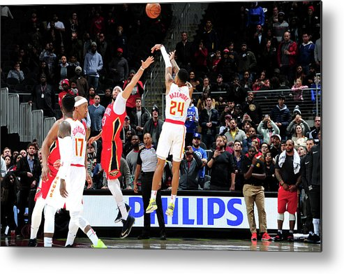 Atlanta Metal Print featuring the photograph Kent Bazemore by Scott Cunningham