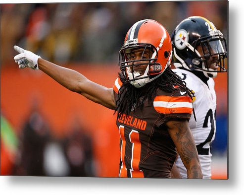 American Football Metal Print featuring the photograph Pittsburgh Steelers v Cleveland Browns by Gregory Shamus