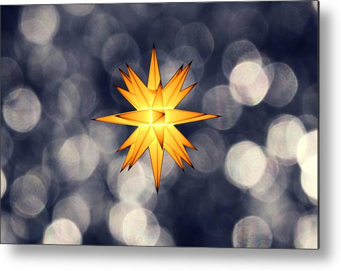 Star Of Bethlehem Metal Print featuring the photograph Christmas Atmosphere by Bernd Schunack