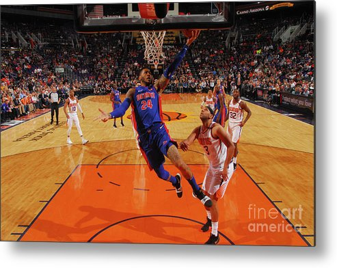 Sports Ball Metal Print featuring the photograph Eric Moreland by Barry Gossage