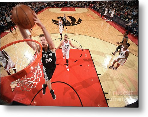 Nba Pro Basketball Metal Print featuring the photograph Jakob Poeltl by Ron Turenne