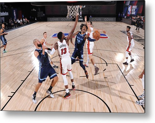 Nba Pro Basketball Metal Print featuring the photograph Memphis Grizzlies v Miami Heat by David Dow