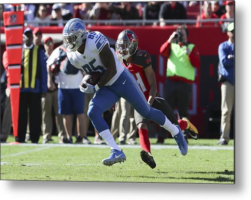 Tampa Metal Print featuring the photograph NFL: DEC 10 Lions at Buccaneers by Icon Sportswire