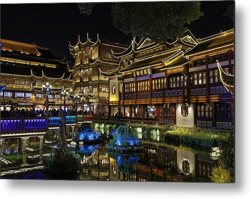 Chinese Culture Metal Print featuring the photograph Shanghai, The Yuyuan Bazaar and his pond at dusk. by a.v.Photography