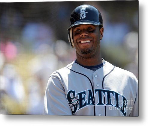 People Metal Print featuring the photograph Seattle Mariners V Los Angeles Dodgers by Lisa Blumenfeld