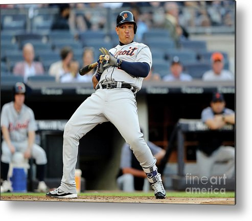 People Metal Print featuring the photograph Miguel Cabrera by Elsa