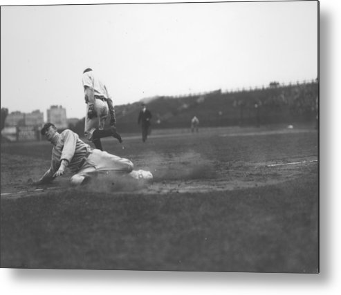 1910-1919 Metal Print featuring the photograph Ty Cobb by Fpg