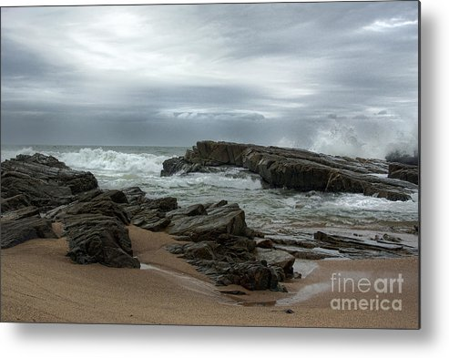 Seascape Metal Print featuring the photograph Slipping Away by Glenda Wright
