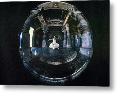 Dance Metal Print featuring the photograph Shanta Rao Performing In Halebidu Temple by Arnaud de Rosnay