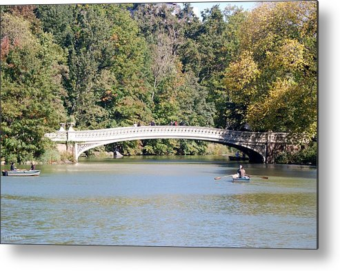 Central Park Metal Print featuring the photograph Bow Bridge by Rob Hans