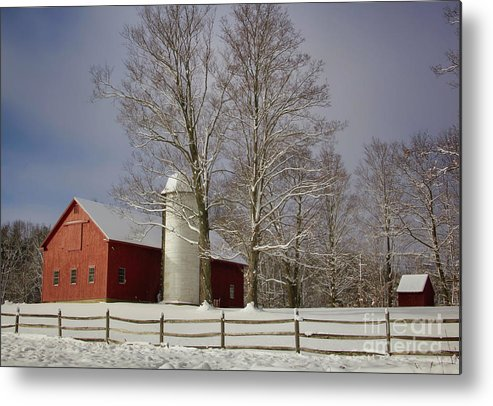 Red Barns Metal Print featuring the photograph Deerfield Red Barn by Diana Nault