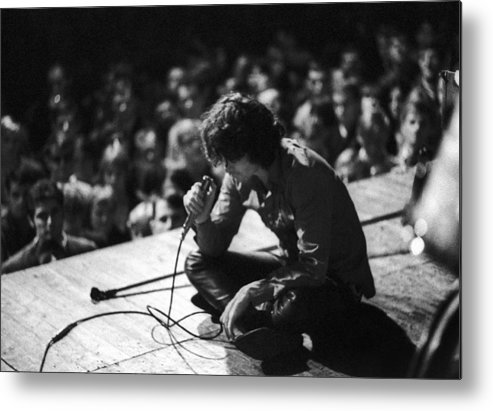 Performance Metal Print featuring the photograph Jim Morrison by Michael Ochs Archives