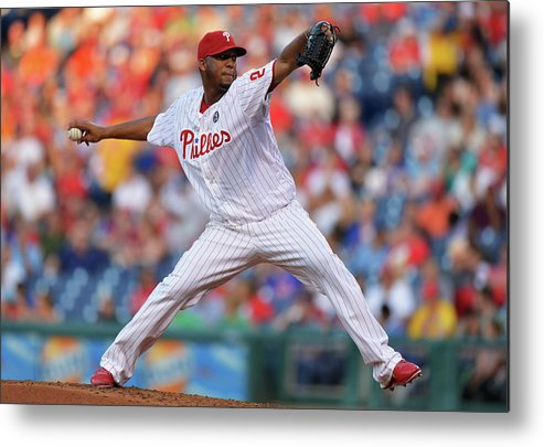 Second Inning Metal Print featuring the photograph New York Mets V Philadelphia Phillies by Drew Hallowell