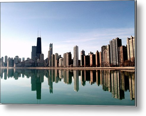 Lake Michigan Metal Print featuring the photograph Chicago Skyline by J.castro