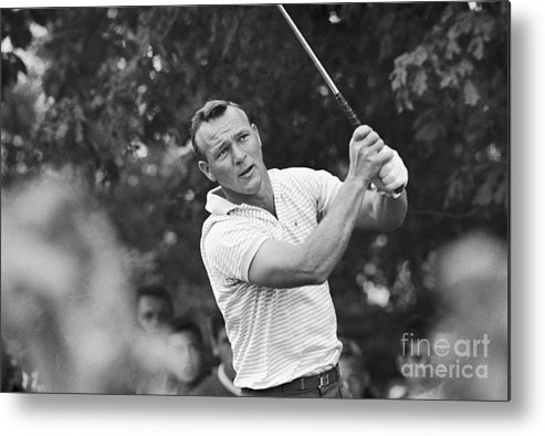 People Metal Print featuring the photograph Arnold Palmer Teeing by Bettmann
