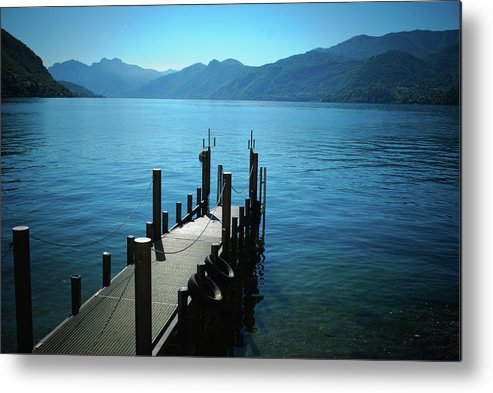 Scenics Metal Print featuring the photograph Como Lake by Meng Yiren