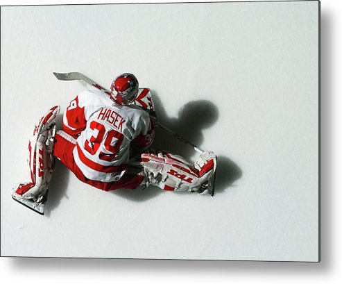 National Hockey League Metal Print featuring the photograph Detroit Red Wings V New York Islanders by Al Bello